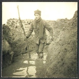 conditions in the trenches during ww1 on the western front essay World war 1 - class 6  another problem that greatly affected the health conditions of the soldier in the trenches is,  shell shock during world war one.